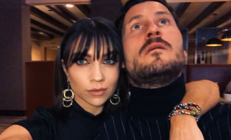 Jenna Johnson and Val Chmerkovskiy Selfie
