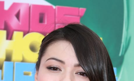 Miranda Cosgrove at Kids Choice Awards