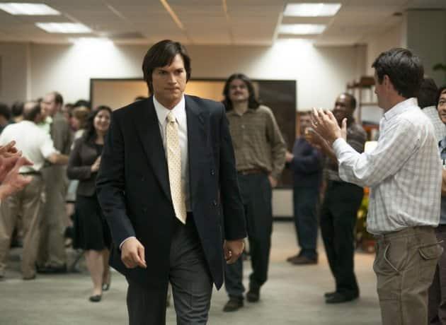 Ashton Kutcher as Steve Jobs Photo