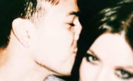 Khloe Kardashian Posts Instagram Shout-Out to Rob Kardashian: I'm Obsessed With Him!