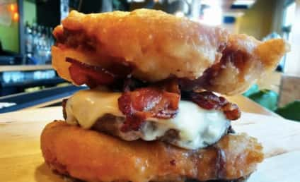 Deep-Fried Twinkie Burger: Actually a Thing!