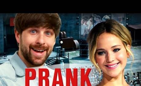 Jennifer Lawrence Pranks Pranksters, Pretends to Walk Out on Interview