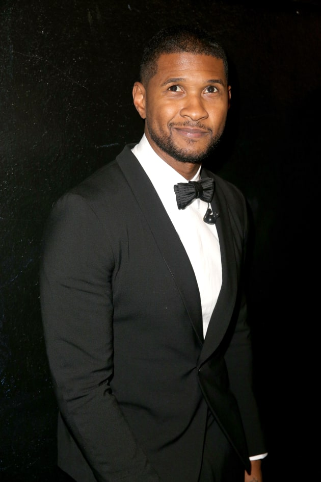 Usher Snaps Shirtless Selfie for Thanksgiving -- And Were