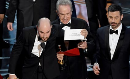 Epic Oscars Flub Inspires Internet: See the Best Memes!