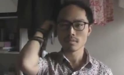Japanese Guy Answers iPhone 5 Like a BOSS