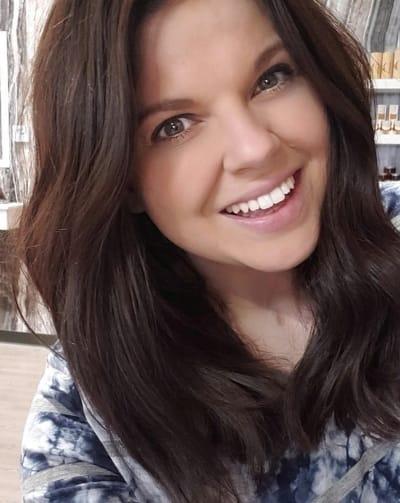 Amy Duggar King Selfie