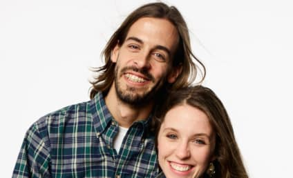 Derick Dillard: ROASTED By Fans Over New Haircut, Awful Diet