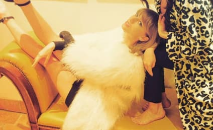 Taylor Swift and Friends: Tea Partying in Las Vegas!