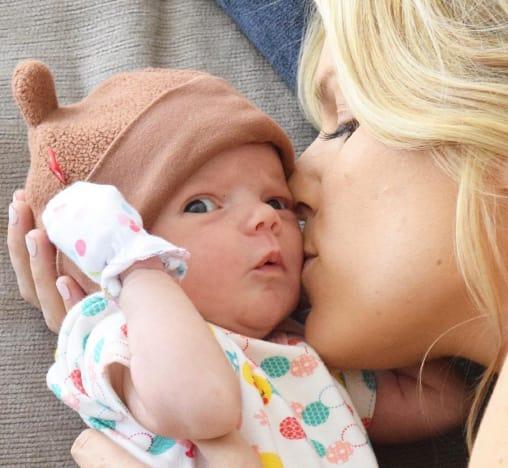 Ali Fedotowsky Baby