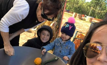 Jenelle Evans Uses Pumpkin Patch Pics to Distract From 911 Scandal