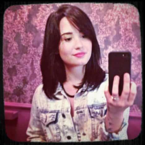 Demi Lovato Short Hair