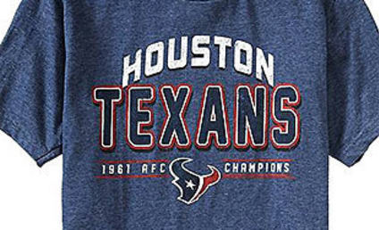 Old Navy Awesomely Botches Houston Texans T-Shirt