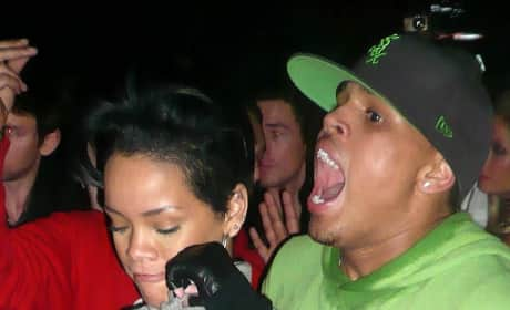 Hot Chris Brown, Rihanna Pic