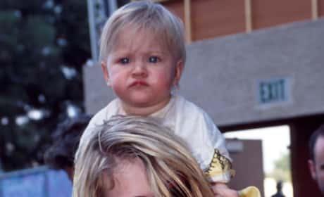 Kurt Cobain Daughter Photo