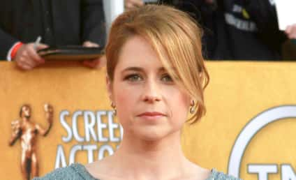 Jenna Fischer Named Hottest Celebrity Divorcee