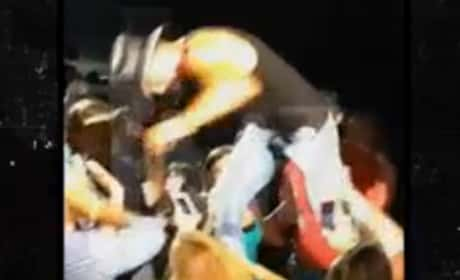 Tim McGraw Slaps Fan