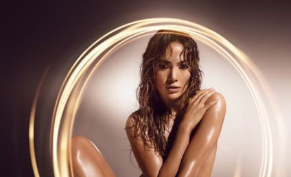 Jennifer Lopez: Naked in New Fragrance Ad