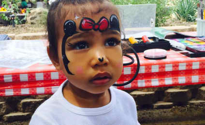 North West Makes Like Minnie Mouse: See the Cute Pic!