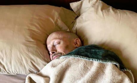 Verne Troyer Sleeping
