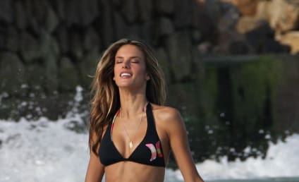 Alessandra Ambrosio Bikini Photos: THG Hot Bodies Countdown #27!