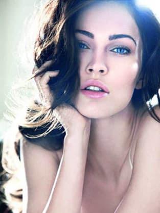 2035129d2d5af Megan Fox Gets Close Up for Giorgio Armani - The Hollywood Gossip