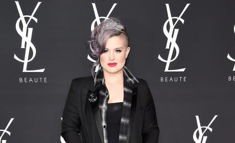 Kelly Osbourne: Zoe Kravitz Collaboration With Yves Saint Laurent Beauty
