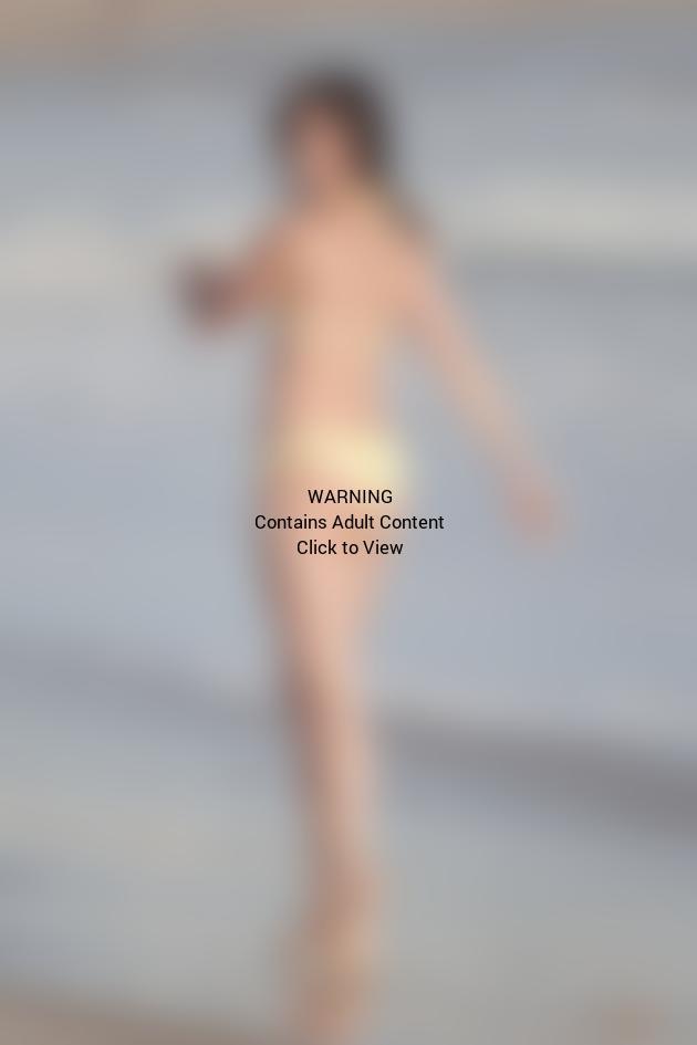 Courtney Robertson Bikini