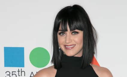Katy Perry: Staff Forbidden to Listen to Taylor Swift's Music?!