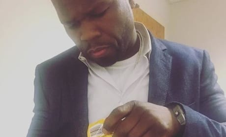 50 Cent With Fake Cash