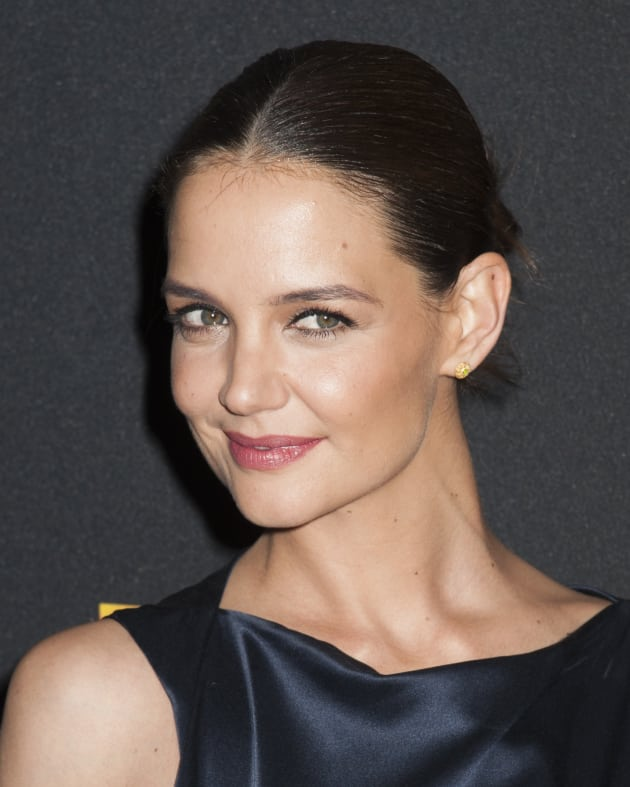 Katie Holmes With Slicked Back Hair The Hollywood Gossip