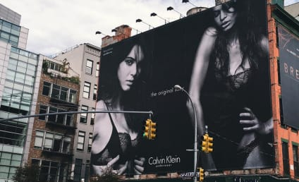 Kendall Jenner to New York City: Look at My Boobs!