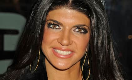 Teresa Giudice Wishes You a Merry Christmas