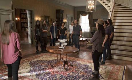 Back Together - The Walking Dead Season 7 Episode 9