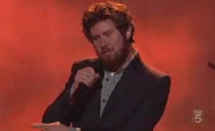 Casey Abrams: Growling, Howling, Earning Standing Ovation
