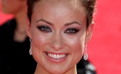 Emmy Awards Fashion Face-Off: Olivia Wilde vs. Jennifer Love Hewitt