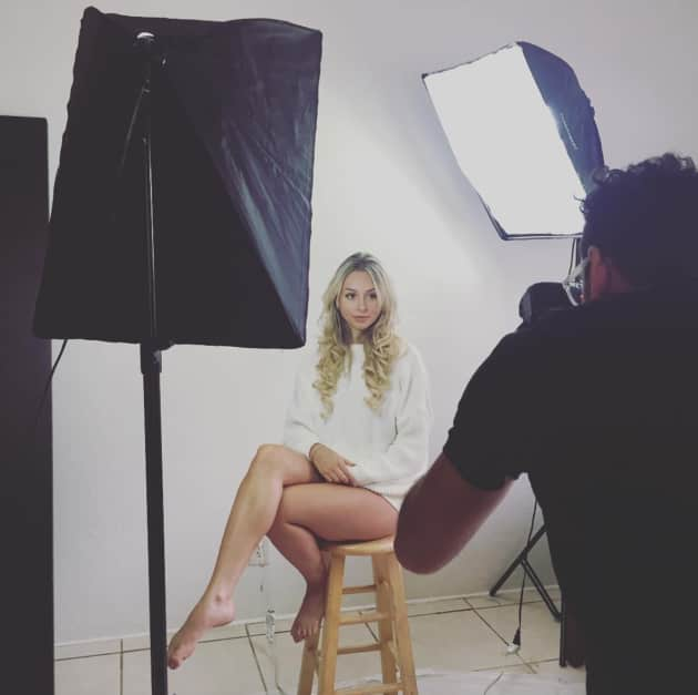 corinne olympios in a photo shoot   the hollywood gossip
