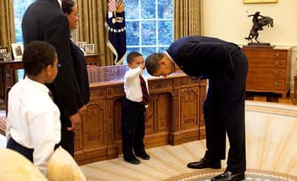 Photo of Boy Patting Obama's Head Finally Explained