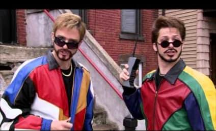 """Justin Timberlake, Andy Samberg & Lady Gaga Have a """"Three-Way"""" on SNL"""