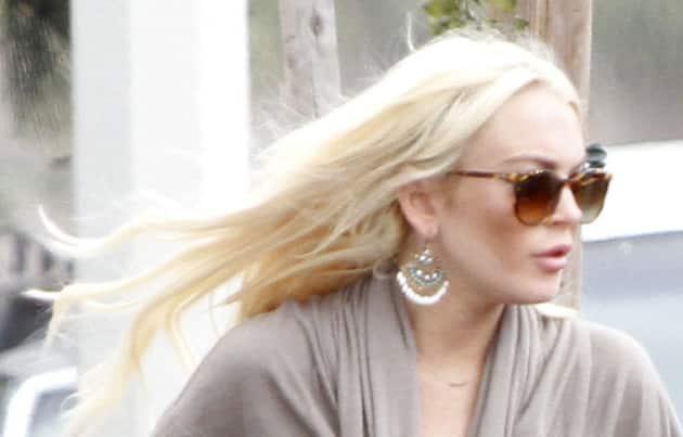 Lohan, Blonde Hair