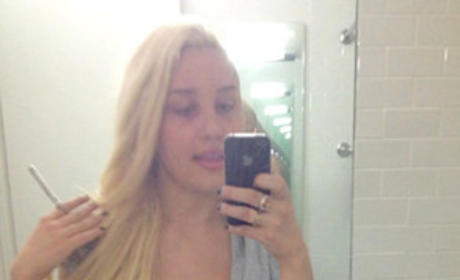 Amanda Bynes Twitter Selfie