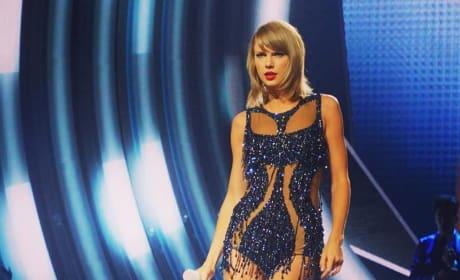 Taylor Swift Looks Great