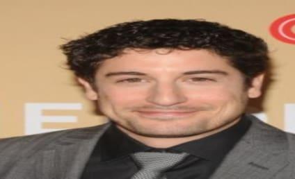 Jason Biggs Blasts Bachelor Contestant as Fat, Ugly