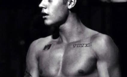 Justin Bieber Loves Asia, Going Shirtless