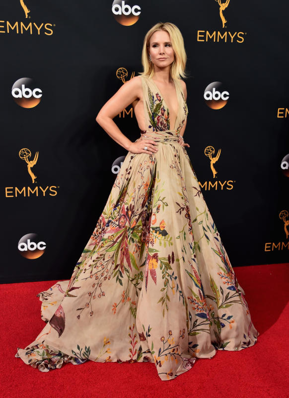 Kristen bell at the 2016 emmys