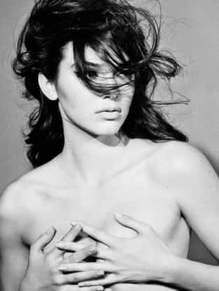 Kendall Jenner Topless Photo