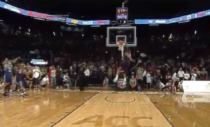 Doug Anderson Wins Dunk Contest with AMAZING 360 Throwdown