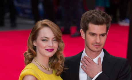 Andrew Garfield and Emma Stone Hot on the Red Carpet
