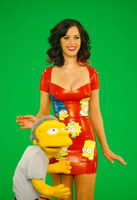 Moe Goes Down on Katy