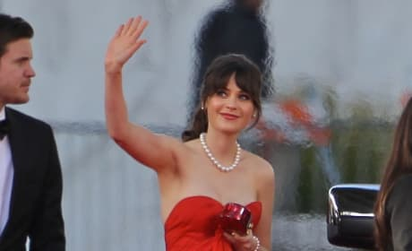 Zooey Deschanel Golden Globe Dress