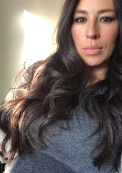 Joanna Gaines Selfie Alert